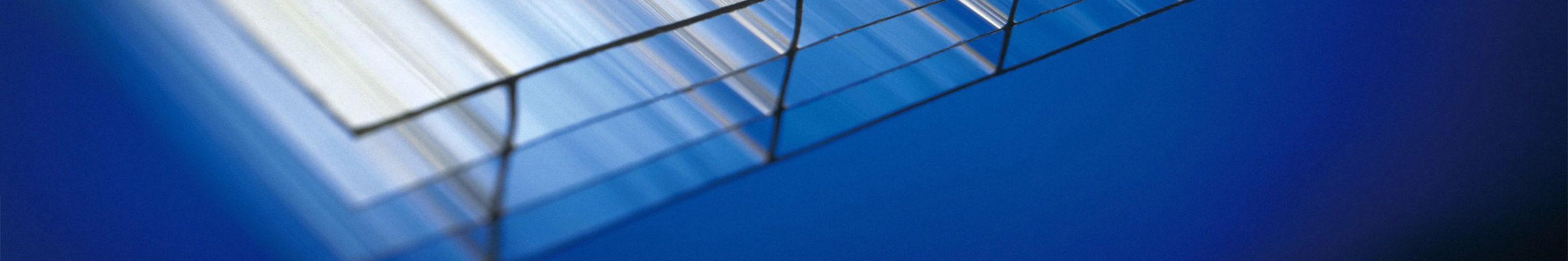 Edges of polycarbonate sheets